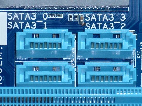 SATA3-4個.jpg